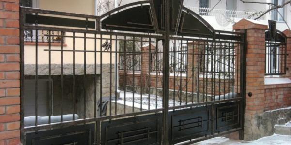 Cum ingrijesti si protejezi gardurile din fier forjat?